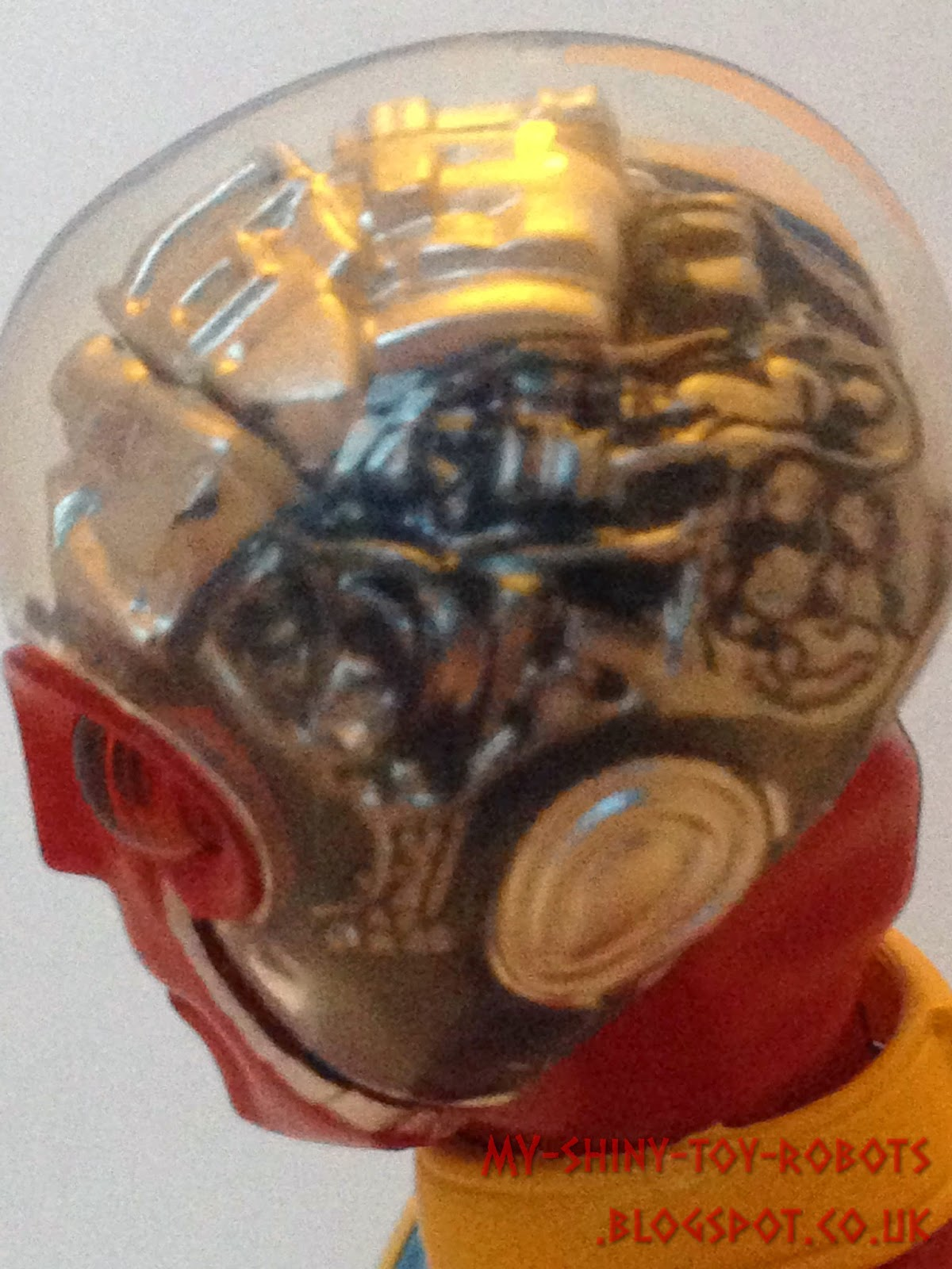 A look inside Kikaider's head