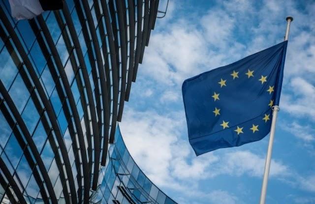 Έκθεση Ενισχυμένης Εποπτείας: «Η ελληνική οικονομία εμφανίζει σημάδια ανάκαμψης νωρίτερα από το αναμενόμενο»