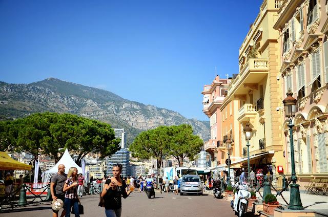 모나코 구시가 モナコの旧市街