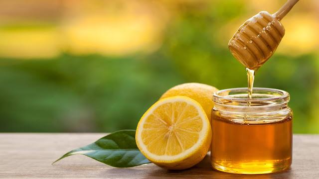 Dùng mật ong để loại bỏ đờm ở cổ họng