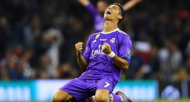 Ronaldo Akan Dibeli Manchester United Dengan Harga 2.6 Triliun