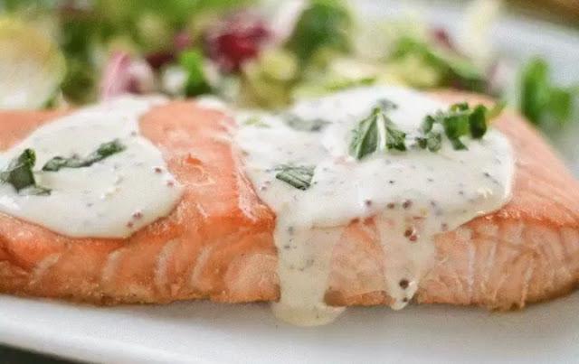 Рыба под сливочным соусом рецепт-картинка