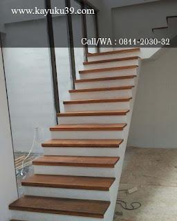 papan tangga jati