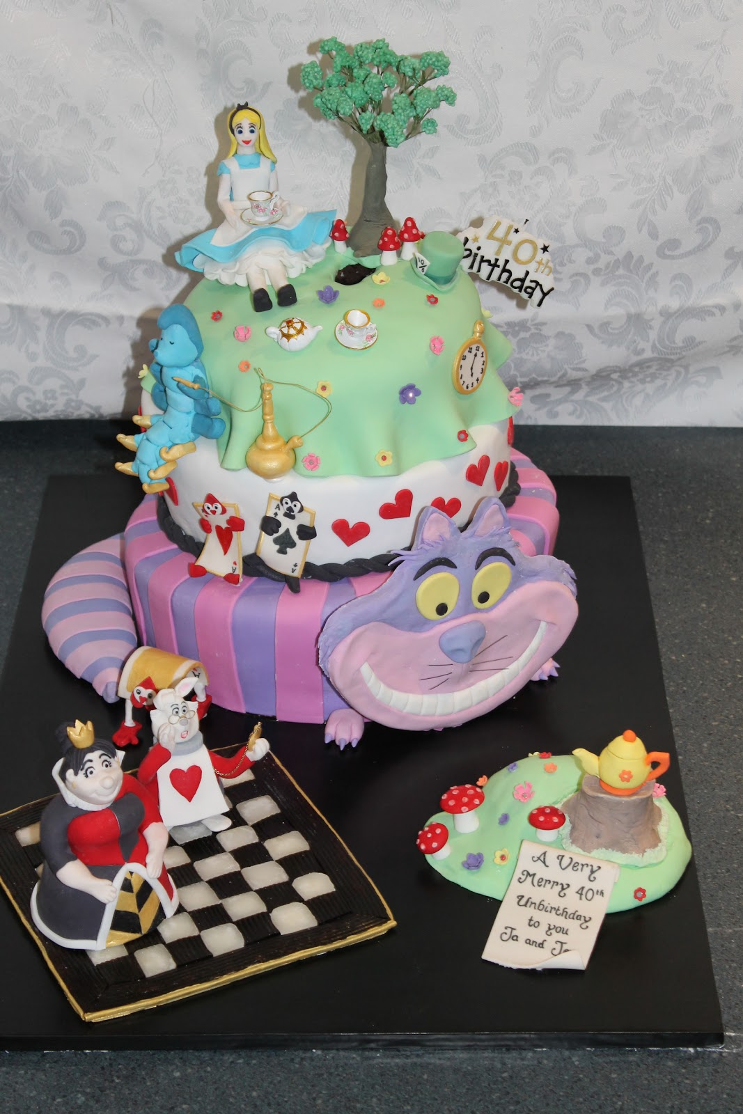 Kerrie S Kreations Alice In Wonderland A Very Merry