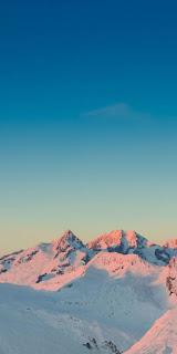 Wallpaper Pemandangan Pegunungan