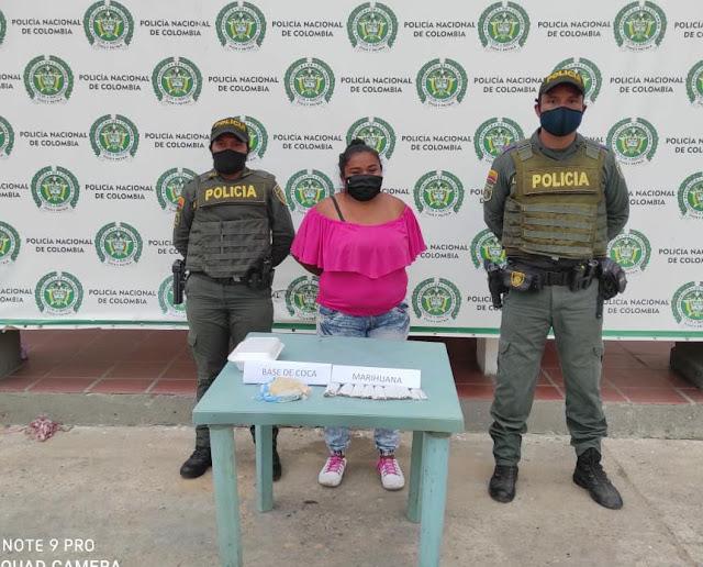 https://www.notasrosas.com/Policía Nacional captura mujer en Maicao, por Tráfico de Estupefacientes