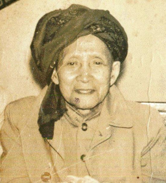 Biografi KH. Tubagus Muhammad Falak