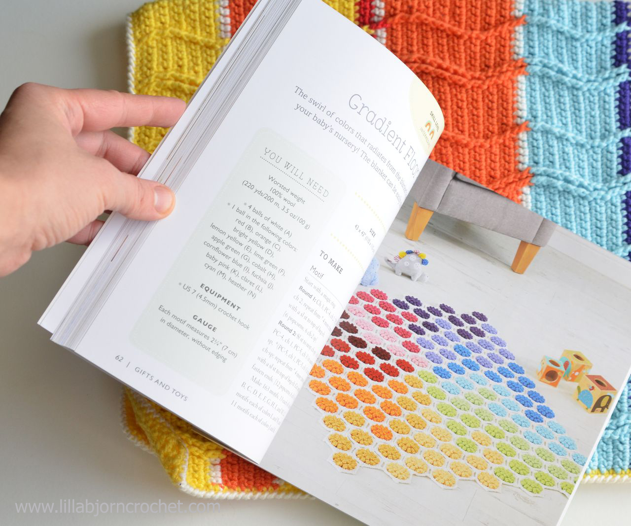 Bold Baby Crochet book with 30 modern and colorful patterns for babies. Review by Lilla Bjorn Crochet