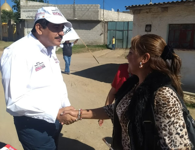 En Altotonga, se compromete Rodrigo Calderón a regenerar la industria textil y a revolucionar el campo