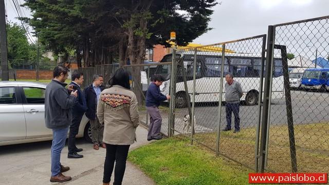 Osorno: Paro de conductores deja a niños sin clases