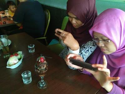 Kafe Pelangi Semarang