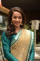 Tejaswi Madivada looks super cute in Saree at V care fund raising event COLORS ~  Exclusive 100.JPG