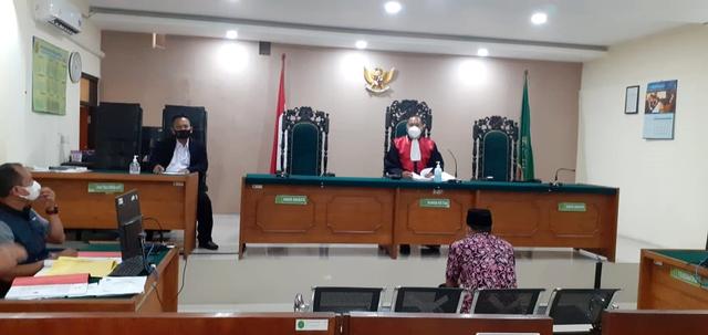 Ustaz Hilmi Heran, Pejabat Langgar PPKM Didenda Rp48 Ribu Sementara Tukang Bubur Rp500 ribu