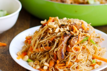 Hoisin Pork With Rice Noodles