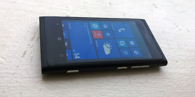 Nokia Lumia 800 - Review