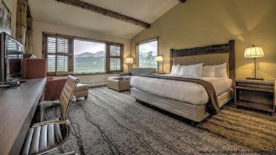 the lodge at breckenridge USA