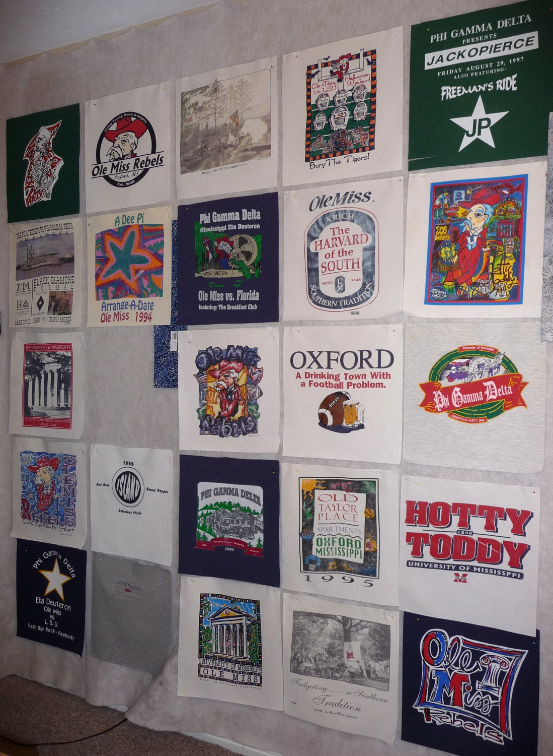 T-shirt quilt design instructions - A Dear Friend Asked Me To Make A T Shirt Quilt For Her Daughter And Son In Law The Shirts Are From Their College Days And Courtship