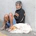 Brasileiro morador de rua causa comoção no mundo ao oferecer único cobertor para seu cão que passava frio