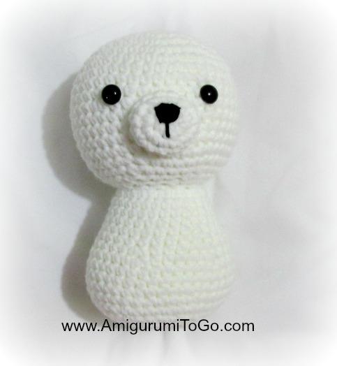 How to crochet a basic teddy bear / amigurumi bear - Buttons ... | 524x483