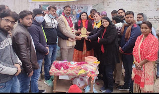 समाज के लिए उत्कृष्ट कार्य करने वाली श्रीमती श्वेता शर्मा को आयरन लेडी का दिया गया सम्मान