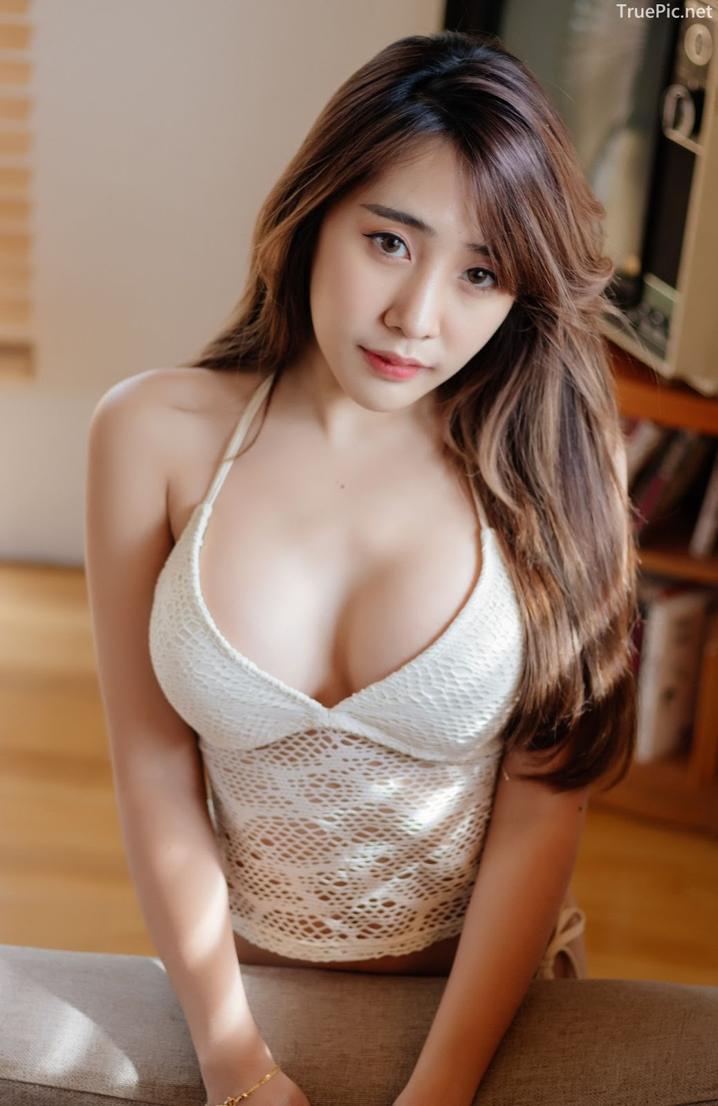 Thailand model Suneta Ngachalvy so sexy with album Bring me a Donut - Picture 3