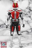 S.H. Figuarts Shinkocchou Seihou Kamen Rider Den-O Sword & Gun Form 03