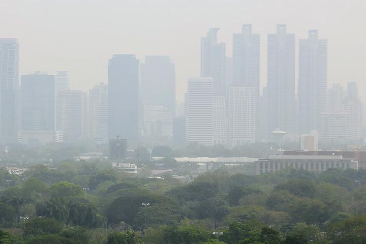 Правительство Таиланда просит людей непаниковать поповоду продолжающегося смога — Thai Notes