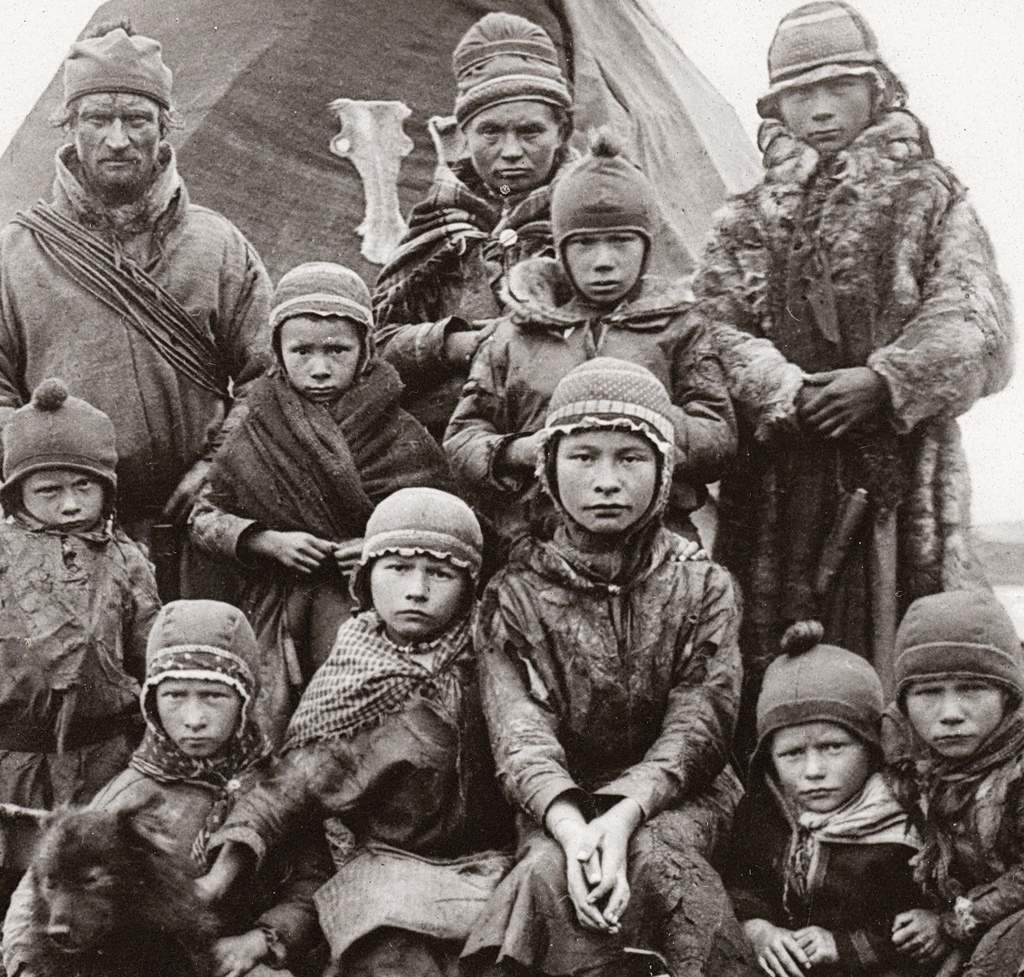 40 Rare and Interesting Photos of Indigenous Sami People ...