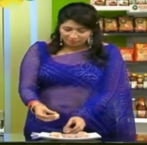 Veena Nair Tv Anchor: Mallufun.com: Lakshmi Nair