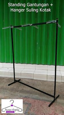 Display Gantungan gawang Hanger Suling Kotak