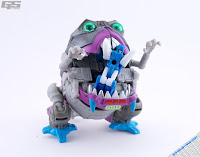 Hasbro Transformers Gnaw Sharktron トランスフォーマー タカラ トランスフォーマー レジェンズ ヘッドマスターズ
