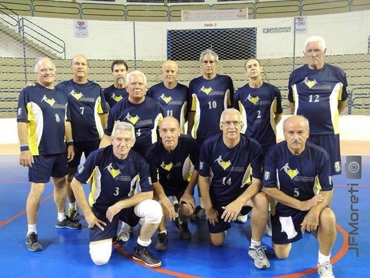 Botucatu está sendo representado pelas equipes masculina e feminina nas  Ligas af8b9ca122ec3