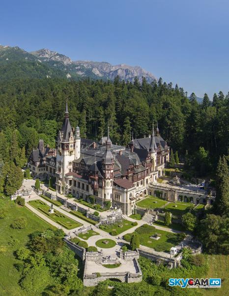 Romania vazuta de sus: Castelul Peles
