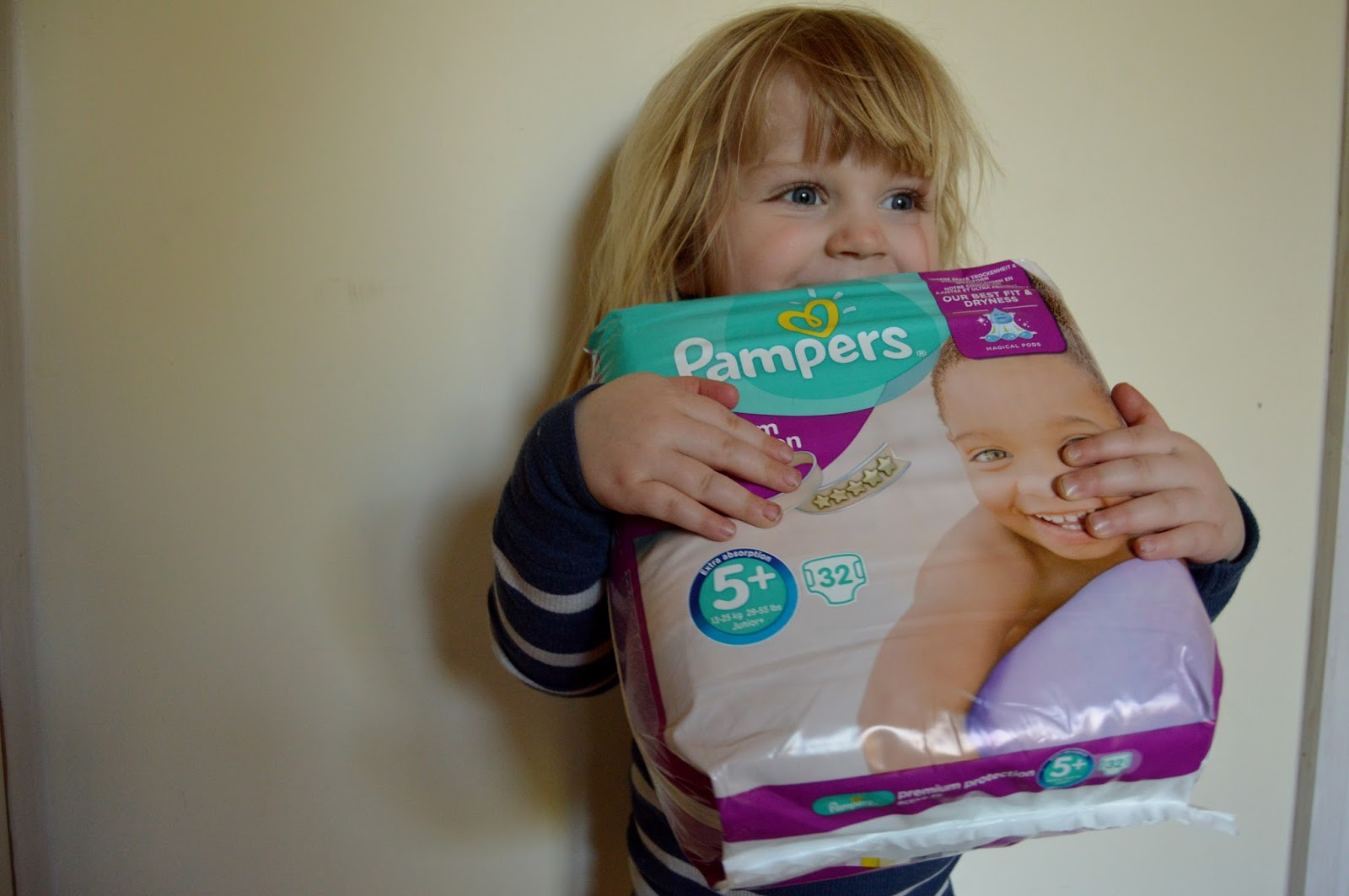 pampers premium protection active fit saggonegrooveon review we 39 re going on an adventure. Black Bedroom Furniture Sets. Home Design Ideas