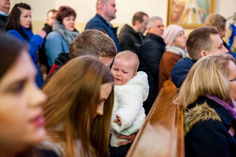 chrzest święty Niemce, fotograf chrzest Lublin, fotograf Niemce, zdjęcia ze chrztu