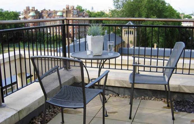 Dekorasi Balkon Cantik Minimalis Modern