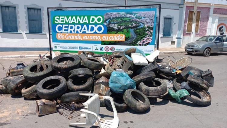 Em Barreiras, mutirão de limpeza retira mais de seis toneladas de lixo do Rio Grande