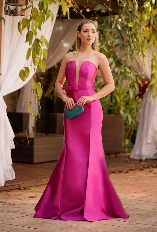 vestido longo fucsia