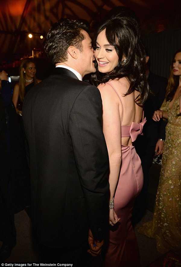 Katy Perry Orlando Bloom Kiss pre-Grammy party Pics 2016