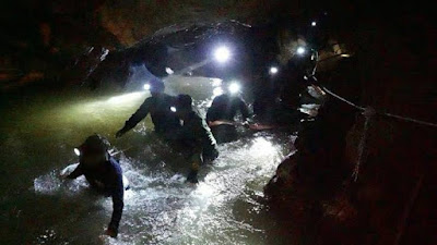 More than 90 divers were involved in this rescue operation