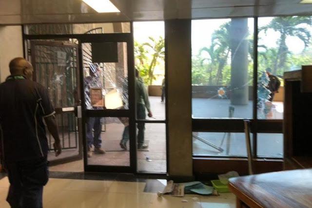 Polisi PNG kepung gedung parlemen akibat tunjangan APEC