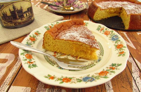 CREAMY YOGURT CAKE (Fluffy and Easy)