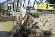 Jembatan Glendeng Longsor, Roda 4 Dilarang Melintas