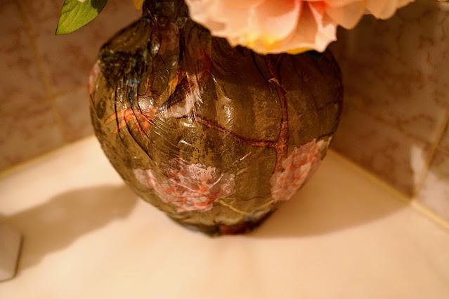 Finished decoupage vase