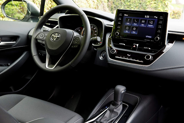 Toyota Corolla 2019 XE - interior