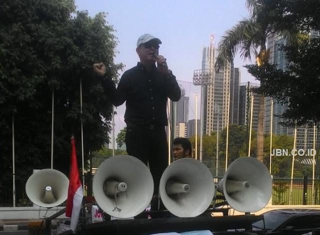 Kantor Nadiem Di Demo, PAMI Tuntut Gelar Doktor Rektor UNIMA Dicabut