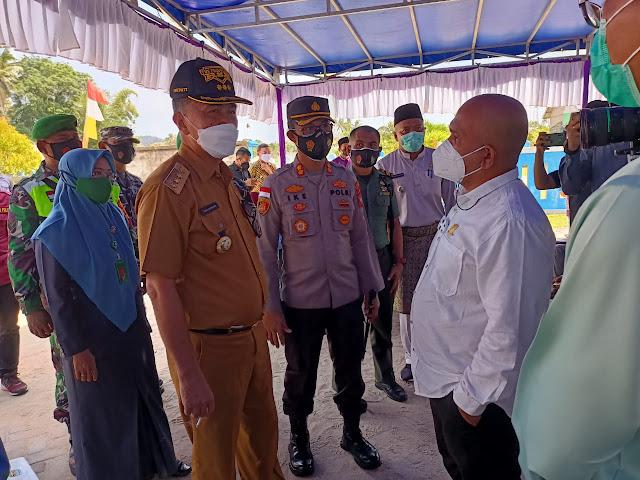 Bupati Natuna Tinjau Vaksinasi Covid-19 di Kecamatan Bunguran Utara