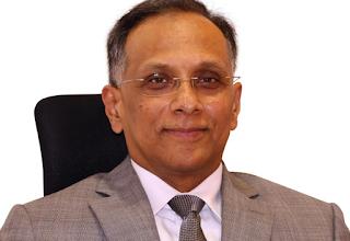 Dr RajaKumar Deshpande.