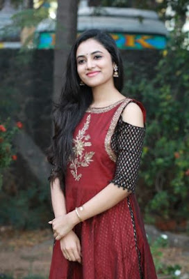 Actress Priyanka Arul Mohan Images, Actress Priyanka Arul Mohan Wallpapers, Meet Gang Leader Actress Priyanka Arul Mohan