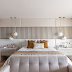 Quarto neutro e contemporâneo com parede da cabeceira decorada com painéis estofados e ripados!